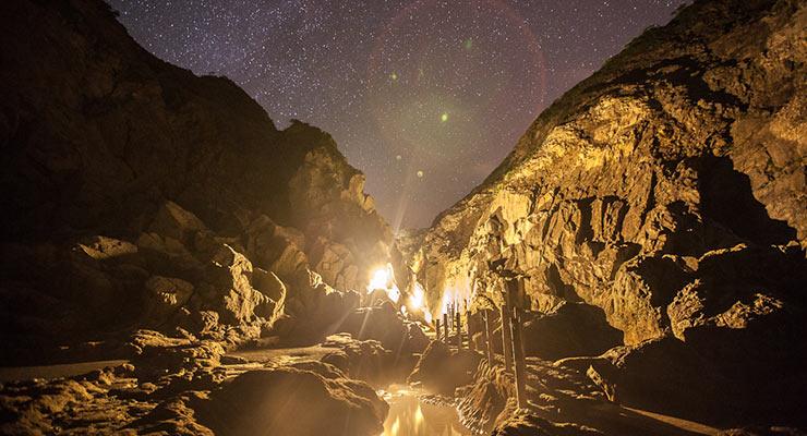 地鉈温泉夜景