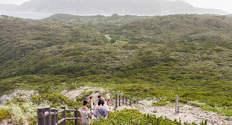 自然が広がる島の内側も絶景中の絶景。