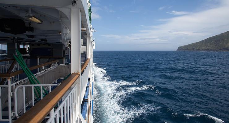 大型船からの絶景と共に、余韻に浸りながら。