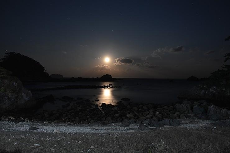 タイトル「なし」釜の下海岸月夜