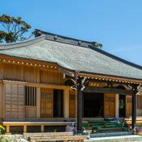 東要寺&イヌマキの巨木